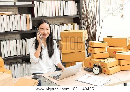 Asian Business Woman Selling Online Marketing, Shipping Concept, Startup Small Business Working With