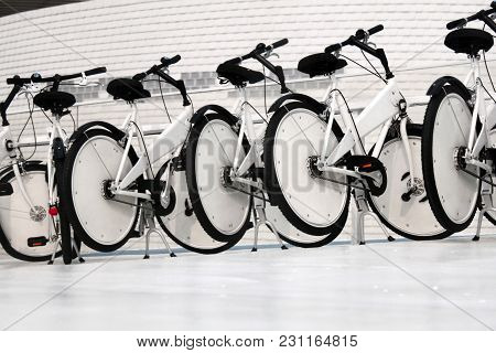 Ride The City Public Sharing Green Bike