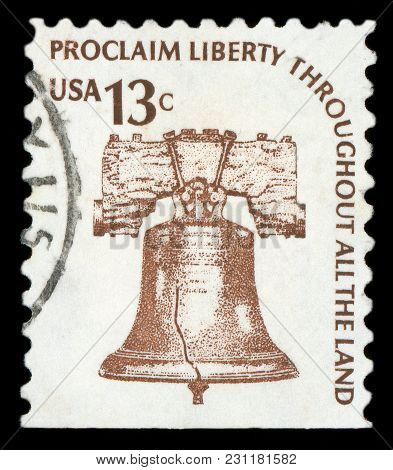 United States Of America - Circa 1975: A Stamp Printed In Usa Shows Liberty Bell, Series, Circa 1975