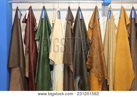 Real Leather Pelt Fashion Color Material Hanging