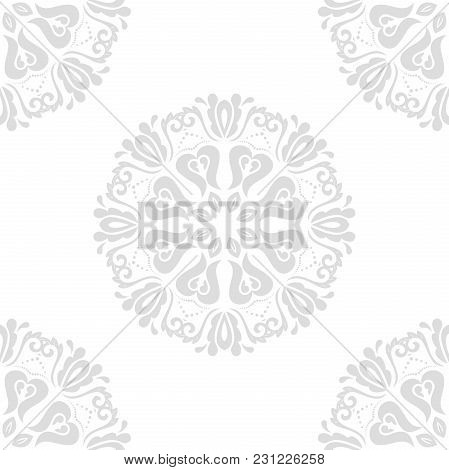 Classic Seamless Vector Light Silver Pattern. Damask Orient Ornament. Classic Vintage Background