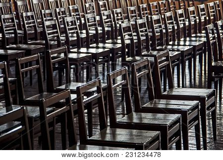 Chair Wood Rows Backlighting, Rows Of Wooden Chairs In An Empty Room