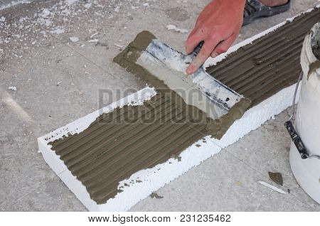 Contractor Insulating House Foundation With Styrofoam Insulation Sheets. Wall Insulation With Foam B