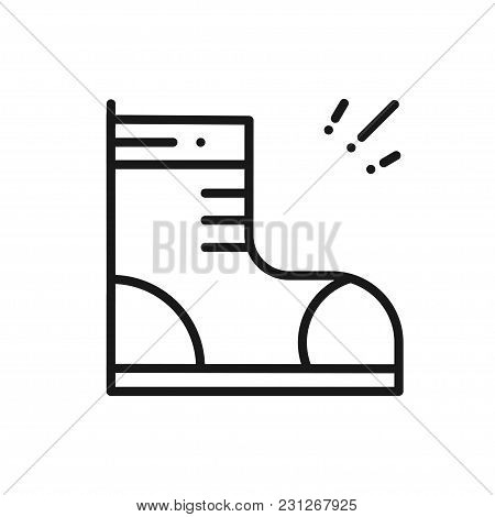 Hiking Shoes Line Icon. Trekking Boots Sign And Symbol