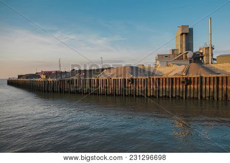 Whitstable, Uk - Feb 9, 2015: Brett Aggregates Is An Asphalt Plant In The Harbour. It Is The Third B