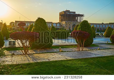 The Scenic Sunset On The Medieval Naqsh-e Jahan Square - The Central Tourist Destination Of Isfahan,