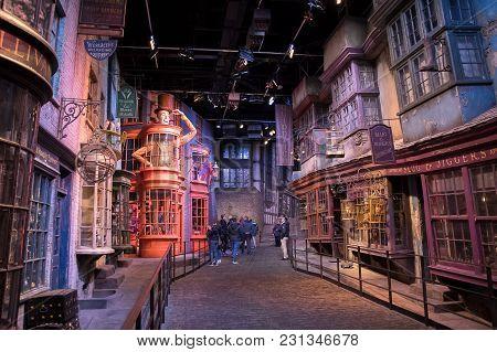 Diagon Alley Display