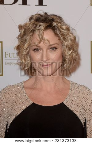 LOS ANGELES - MAR 13:  Teri Polo at the Fulfillment Fund Gala at Dolby Theater on March 13, 2018 in Los Angeles, CA