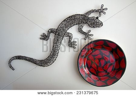 Metal Gray Gecko And Red Chili Designed Bowl