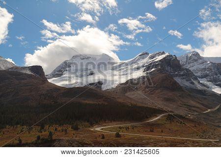 Icefield Glacier Adventure Mountain Canada British Colombia