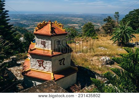 Ta Cu, Phan Thiet, Vietnam - March 7, 2017: Landmarks In Linh Son Truong Tho Pagoda On The Mountain
