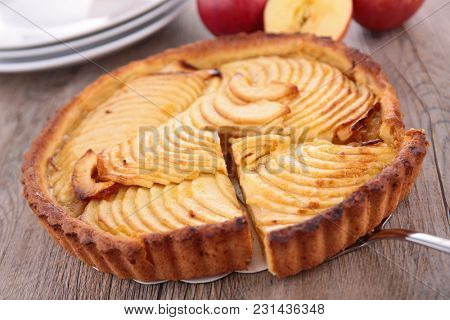 apple pie on wood background