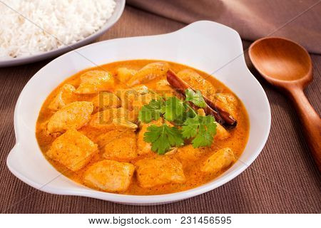 Butter Chicken Curry - Mild And Creamy Butter Chicken, Served With Basmati Rice.