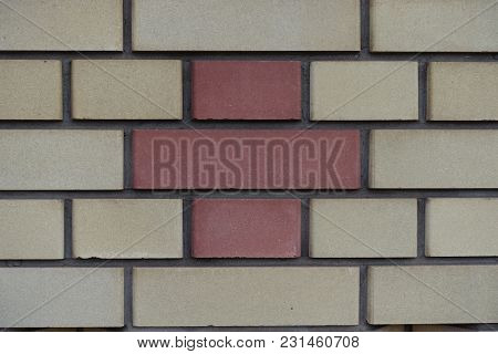 Common Bond Made Of Beige And Red Bricks