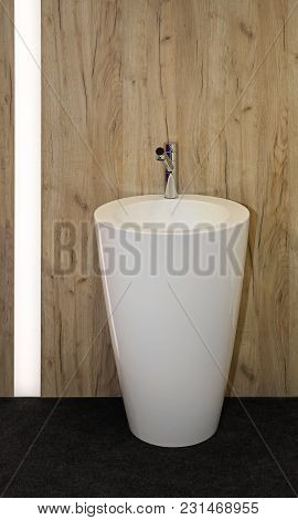 Free Standing Ceramic Wash Basin In Contemporary Bathroom