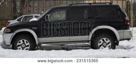 Kazakhstan, Ust-kamenogorsk - 17 February, 2018. Mitsubishi Montero Sport. Suv. Black Car. Japanese