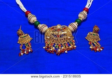 Close View Of Necklace And Earrings Set, Pune
