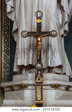 ZAGREB, CROATIA - APRIL 07: Cross on the altar of St. Joseph in Zagreb cathedral dedicated to the Assumption of Mary in Zagreb, Croatia on April 07, 2015.