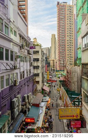 Hong Kong - November 26, 2017: Crowded Street In Hong Kong