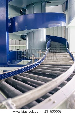 Automated Conveyor Systems , Modular Conveyors And Industrial Automation For Package Transfer Machin