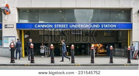 London, Uk- Mar 13, 2018: City Of London Office Workers Outside Cannon Street Underground Station Se