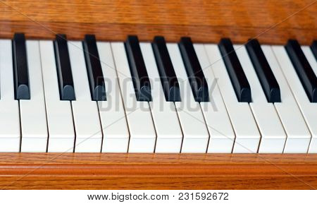 Descending Angled Black And White Piano Keys