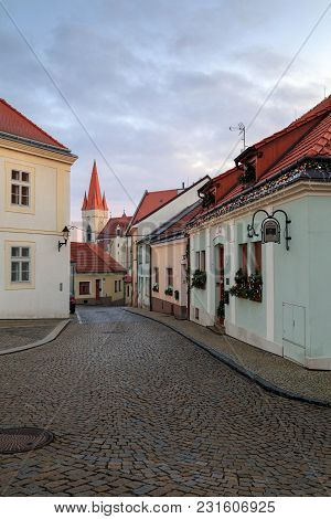 Znojmo/ Czech Republic - December 28, 2017. Cobbled Street In The Historical Downtown On A Foggy Win