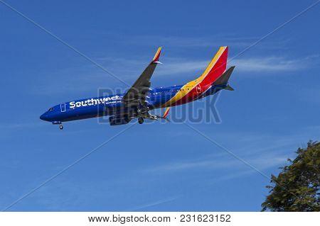 San Diego,ca - November 12,2016:southwest Airlines Lands At San Diego On November 12, 2016. Southwes