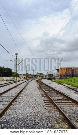 New Orleans, Usa - Aug 20, 2017: Railway Tracks Viewed From Low Angle Leading To The Distant Ursulin