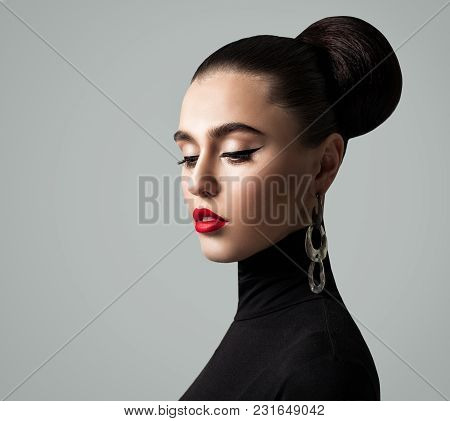 Vintage Fashion Portrait Of Elegant Young Woman With Stylish Makeup And Hairstyle