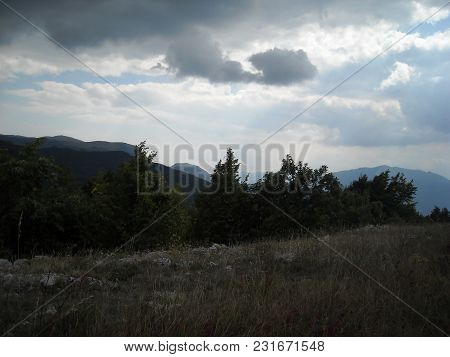 Clouds Of Bad Weather Breeze Mountains Landscape Travel