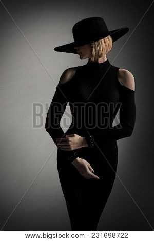 Fashion Model Black Dress Wide Brim Hat, Elegant Woman Retro Beauty Portrait, Lady Studio Shoot