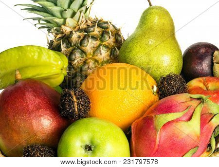 The Set Of Several Different Fruits Such As Apples, Orange, Mango, Mangosteen, Carambola, Pitahaya,