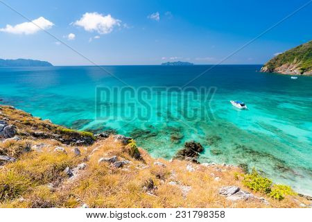Aerial View point of Tropical white sand beach and snorkel point at cockburn island andaman sea indian ocean Myanmar and Thailand. (Selective Focus at Foreground)