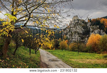 Indian Summer And A View Of The Castle Strecno - Slovak Republic