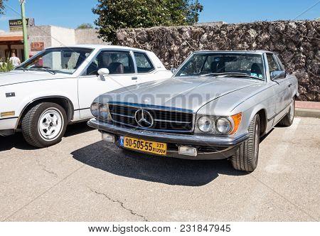 Beit Nir, Israel - March 17, 2018: Mercedes-benz Vintage Car Presented On Oldtimer Car Show, Israel