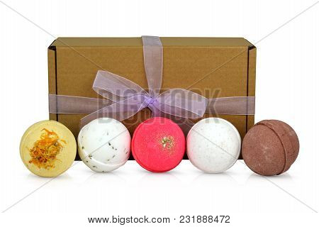 Beautiful Shower Powder Combo Pack With Different Colors And Scents In A Pretty Gift Box. And Feel R