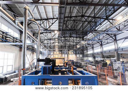Modern Operational Plant Equipment Producing Fiberglass Heavy Industry Machinery Metalworking Worksh