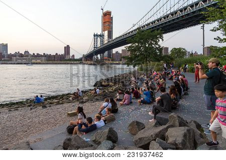 New York, Nyc, Usa- August 26, 2017: People Sitting And Watching Sunset On The Brooklyn Boulevard. M
