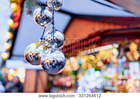Christmas Decoration At Night Christmas Market Charlottenburg Palace Berlin