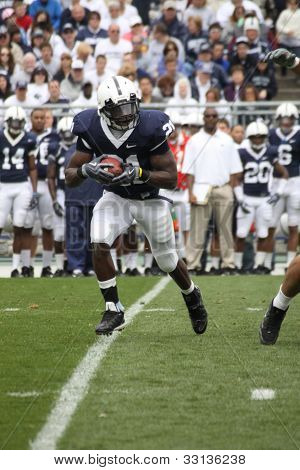 Penn State running back #21 Stephon Green