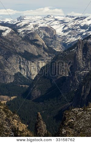 Yosemite Valley View from Dewey Point