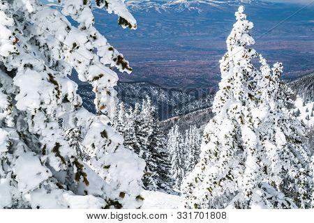 Amazing Views Across The Entire New Mexican Northern Slope Valley On Santa Fe Peak , Winter Wonderla