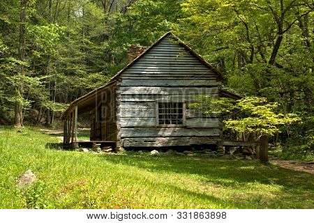 Rustic Log Cabin In Cades Cove In Rocky Mountain National Park
