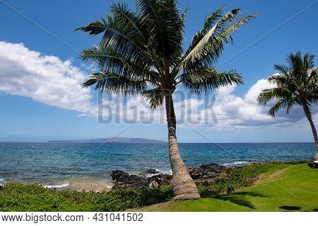 Hawaiian Beach Background. Enjoying Paradise In Hawaii. Panorama Tropical Landscape Of Summer Scener