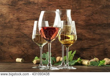 White Wine Set. Wine Tasting, The Most Popular Varieties Of White Wines In Wine Glasses On Vintage W
