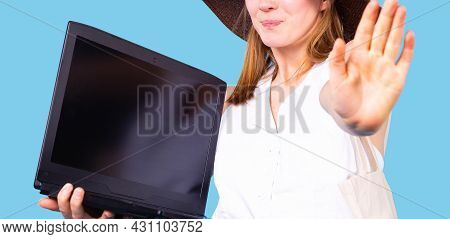 The Photo Of A Woman In The Hat Holding The Computer In One Hand And Extended Her Other Hand Forward
