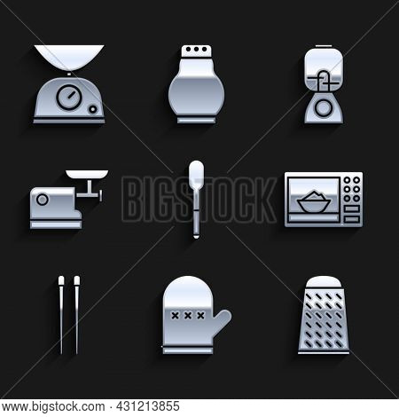 Set Spoon, Oven Glove, Grater, Microwave Oven, Food Chopsticks, Kitchen Meat Grinder, Blender And Sc