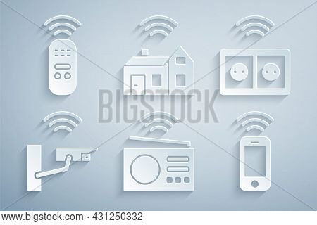 Set Smart Radio, Electrical Outlet, Security Camera, Wireless Smartphone, Home With Wireless And Rem
