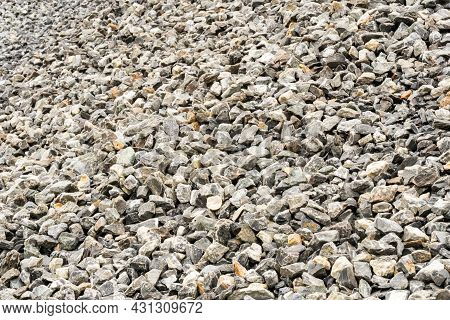 Gravel Used To Make Concrete , To Mix With Asphalt , To Create Gravel Road Or Gravel Path , To Creat